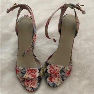 Aldo floral block heels size 7 women